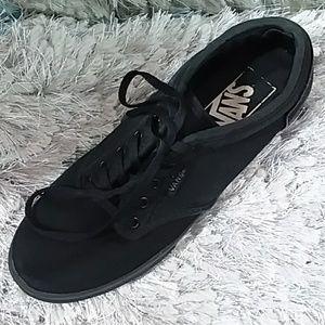 Black women's VANS skate shoes sneakers size 5